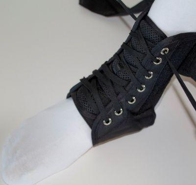 Enkelbraces met straps