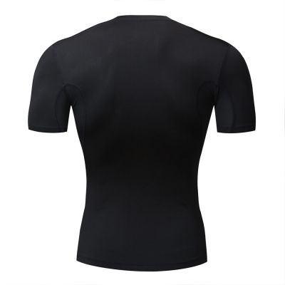 gladiator sports compressieshirt heren in zwart van achteren gefotografeerd