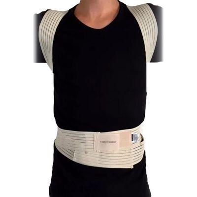 novamed ventilerende rugrechthouder houding corrector voorkant over shirt