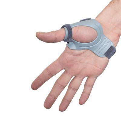 super ortho cmc duimbrace om rechterduim gedragen met hand open
